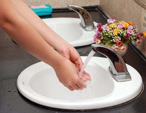 Lắp đặt hệ thống vệ sinh thông minh